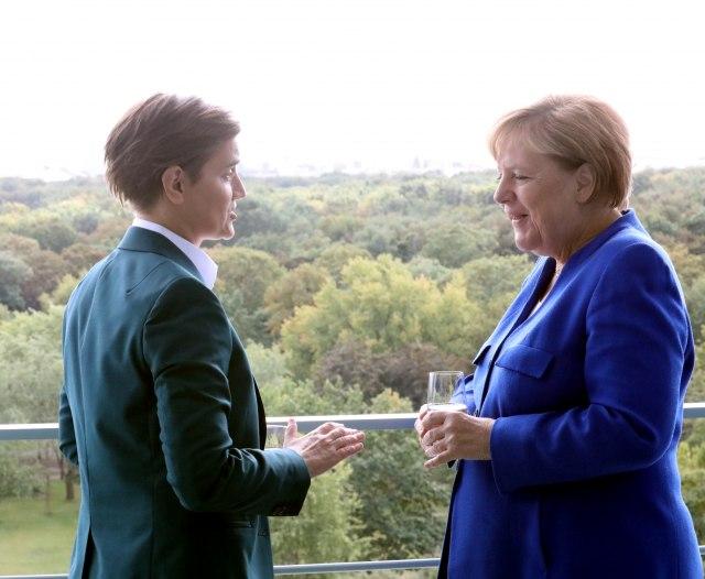 Merkelova o rešavanju problema KiM, Brnabićeva o jedinoj tački neslaganja VIDEO