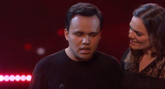 Autistični slepi mladić osvojio titulu američkog Supertalenta i rasplakao sve gledaoce VIDEO