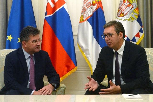 Vučić i Lajčak: Priština izaziva pogoršanje bezbednosne situacije - B92