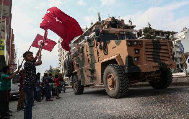 Turske snage i pobunjenici preuzeli kontrolu