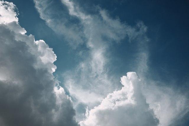 Oblačna subota, moguća i kiša