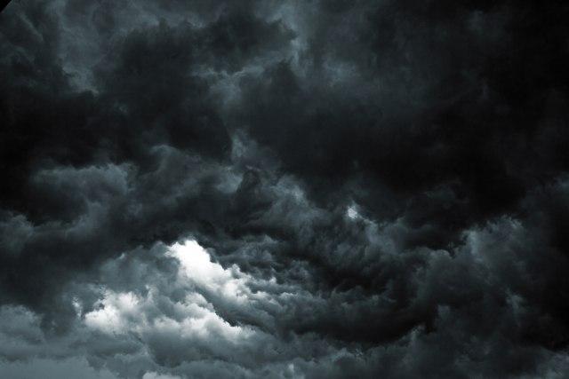Hiljade ljudi evakuisano zbog ciklona