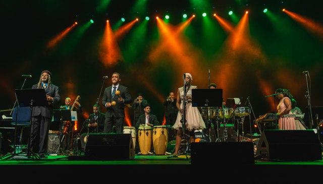 Topski ritmovi Kube podigli Sava Centar na noge