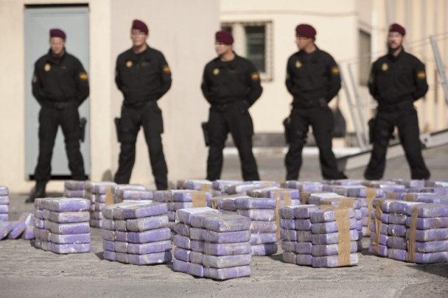 Na obali Francuske 900 kilograma droge; Uhapšen mladić