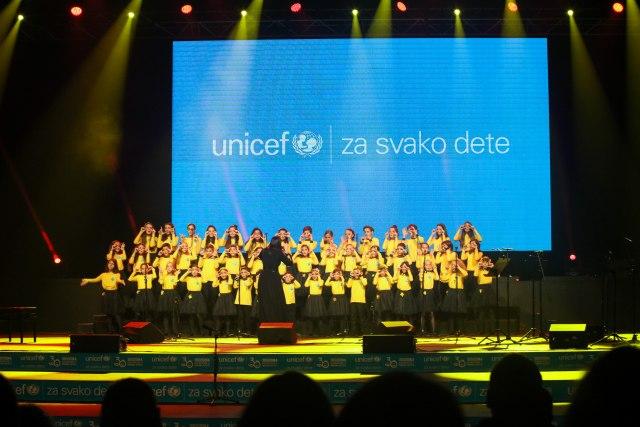 Održan dobrotvorni koncert povodom 30 godina od usvajanja Konvencije o pravima deteta