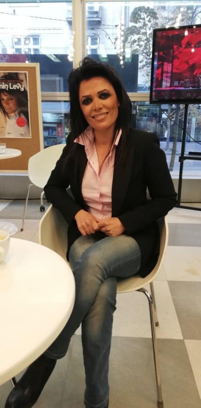 Jasmin Levi prvi put nastupila u Beogradu: Zapevala pred punom salom