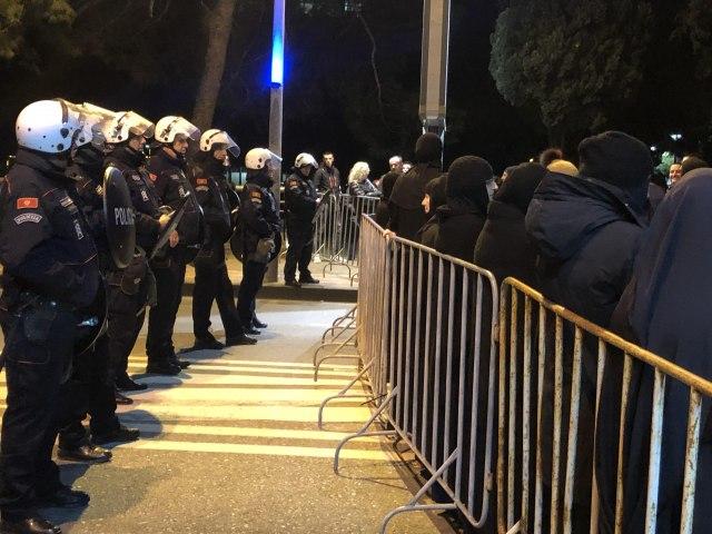 Crnogorska policija: Bili smo tolerantni - B92