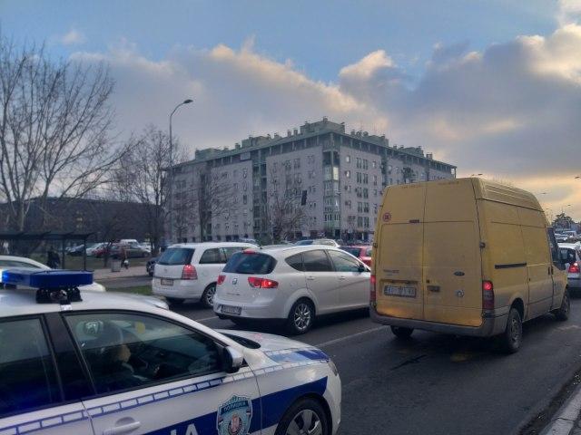 Pretpraznicna Euforija Kolaps Na Ulicama Beograda Kolone Na