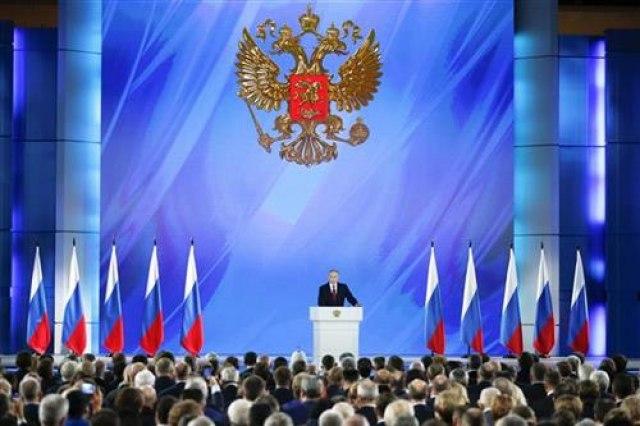 Putinova poruka poslanicima: Rusa mora biti zbog Rusije i Rusija mora da bude predsednička