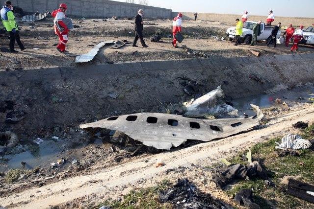 Iranci sahranili poginule u padu aviona