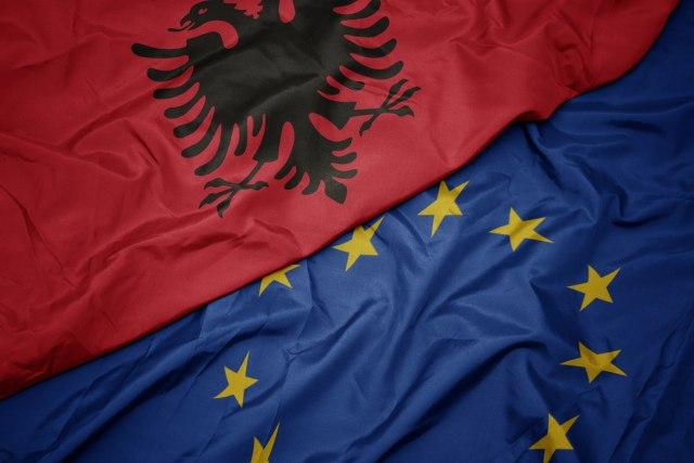 Albanija menja Veliku Britaniju u EU? 1075106355e3dd4d721ef1359945819_v4_big