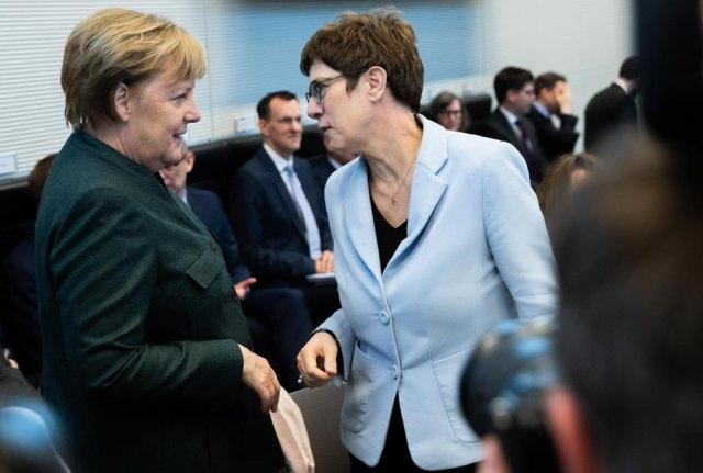 """""""Godina odluke"""": Politički zemljotres drma celu Nemačku"""