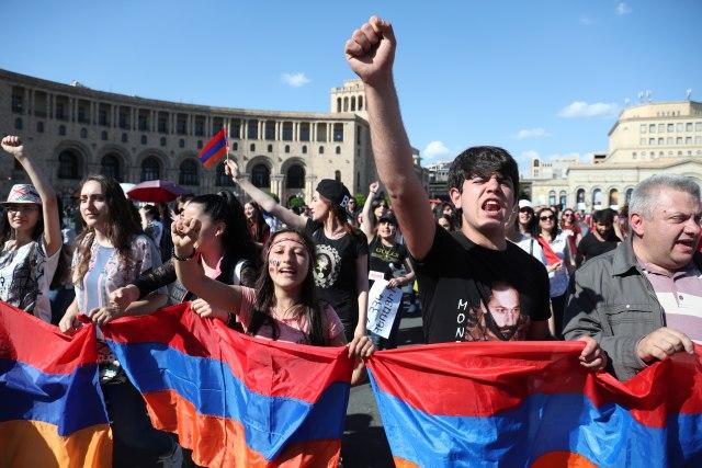 Zahtevi za oslobađanje optuženih za ubistvo tri policajca u Jermeniji