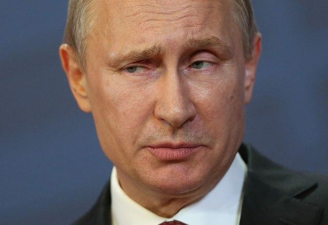 """Ko pomaže Putinu da """"rasparča"""" Zapad"""