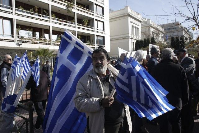 Grci na nogama: Otkazali sastanak, organizovali demonstracije VIDEO/FOTO