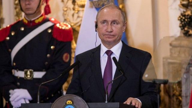 Putinovo njet gej zajednicama: Dok sam predsednik nema istopolnih brakova
