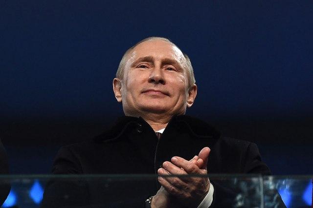 Putin odobrio: Pre Boga u Ustav ide status zemlje pobednice