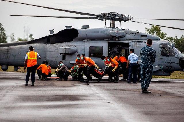 Pronađena tela deset vojnika, osam meseci nakon pada helikoptera