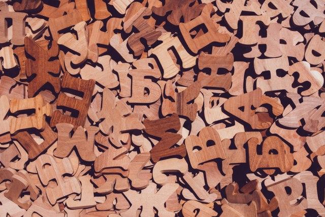 Danas je Dan maternjeg jezika: Šest stvari koje treba da znate o srpskom jeziku