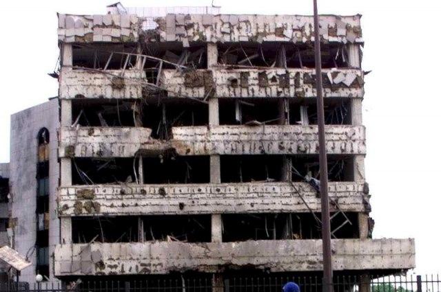 Kineska ambasada u Beogradu, dva dana nakon što je bombardovanaEPA/SASA STANKOVIC