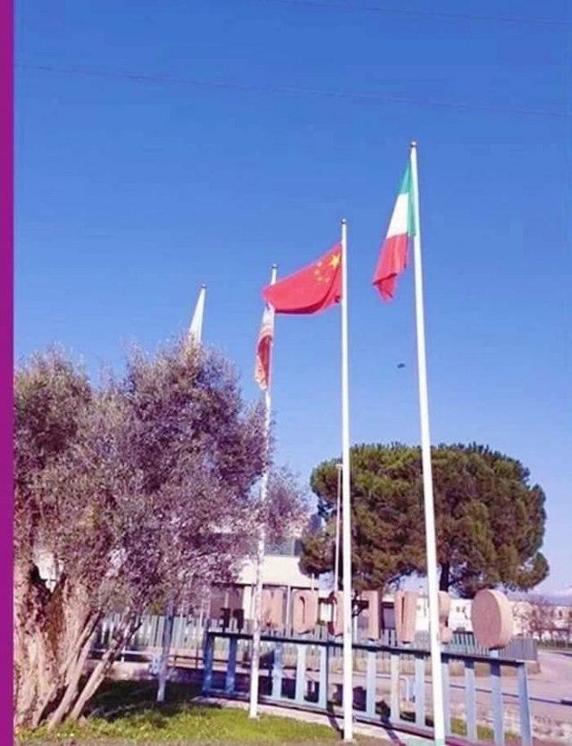 Italijani skinuli zastavu EU i zamenili je Kineskom 18641607175e79fa002714e672185062_v4_big