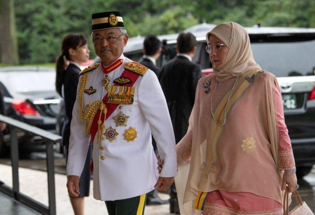 Malezijski kraljevski par u samoizolaciji, sedam članova palate zaraženo
