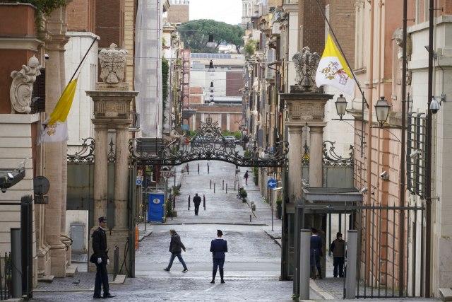 """Cela Italija stala, održan minut ćutanja; državna televizija emitovala """"Rekvijem"""" VIDEO"""