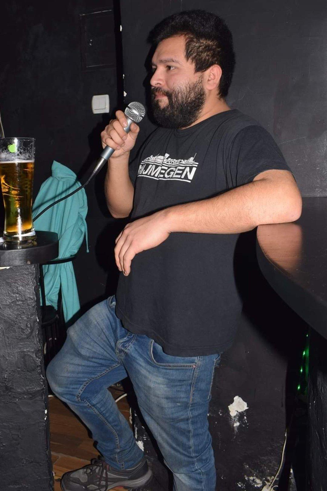 Karlos je čak bio i voditelj jednog pab kviza u Beogradu/Karlos Franko