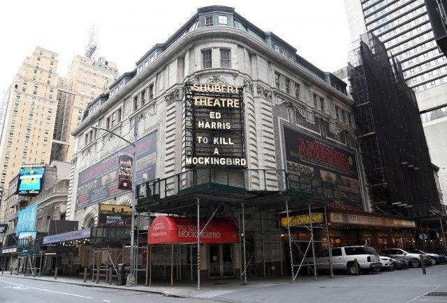 Pozorišta na Brodveju bez mjuzikala do sledeće godine