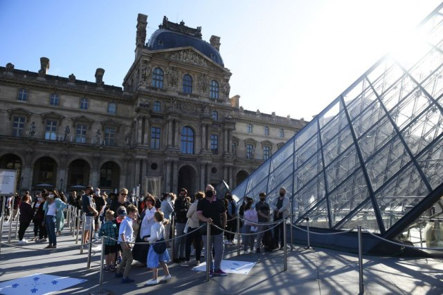 Četiri duga meseca, redovi ispred čuvenog muzeja: Ponovo otvoren Luvr FOTO