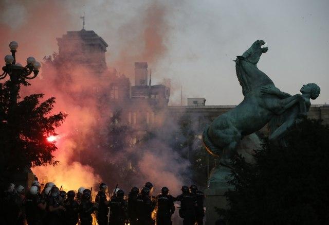 Tanjug/ AP Photo/Darko Vojinovic