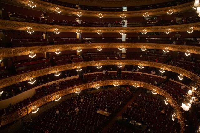 Nove predstave u pozorištima Srbije tokom 2021. godine