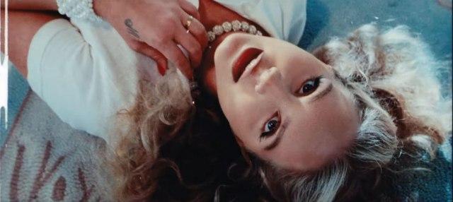 Lana del Rej peva o kemtrejlsima u novom singlu VIDEO