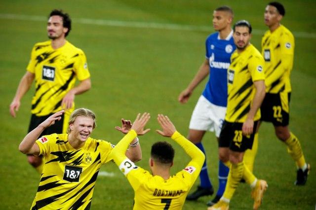 Igrači Dortmunda slavili bez maske – klub kažnjen