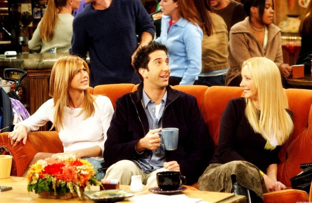 "Dejvid Švimer otkrio kada počinje snimanje nove epizode ""Prijatelja"""