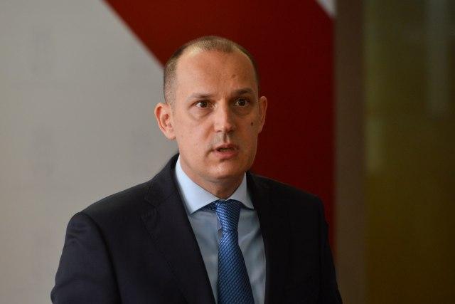 Lončar reagovao na reportaže o Srbiji i koronavirusu: Uputio pismo urednicima