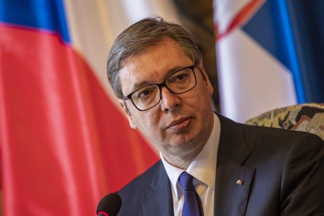 Vučić o napadima na njegovog sina: Ja molim samo Poresku upravu da radi svoj posao jednako