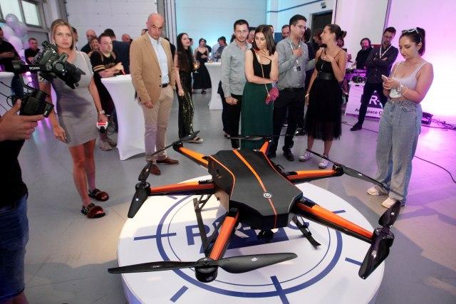 Predstavljen prvi srpski dron FOTO - B92