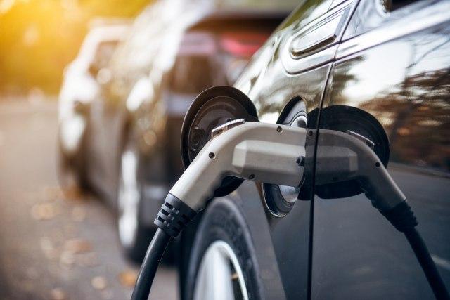 Elektrifikovana vozila u Austriji potiskuju benzince i dizelaše