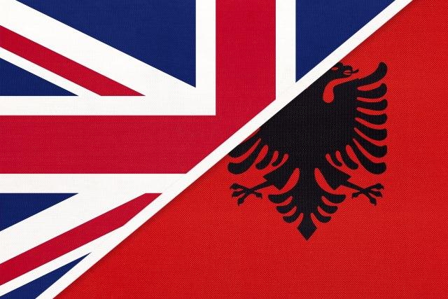 Albanija nudi gratis 5000 vozaca UK 1443209201615a25b25ce27912028705_v4_big