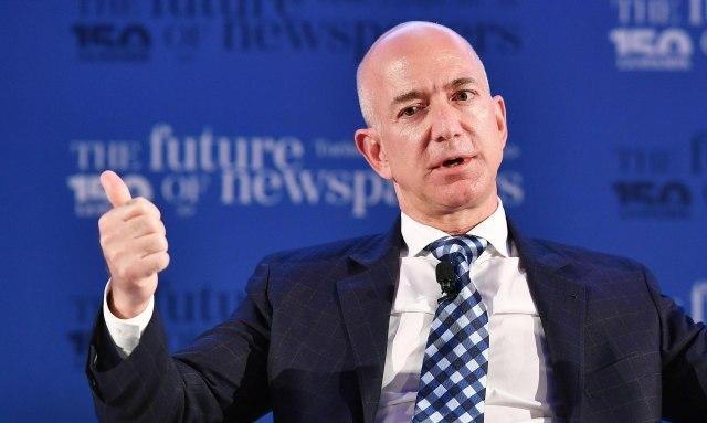 """Bezos nahvalio seriju """"Squid Game""""; Tviteraši: """"Vidi li on ironiju?"""""""